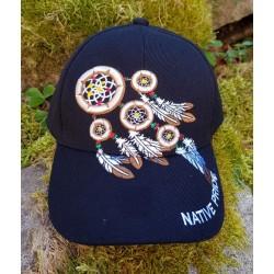 Casquette Native Pride  avec motif d'attrapeurs de rêves et plumes