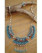 Bijoux en argent, turquoise et corail, navajo, hopi, zuni en provenance du Nouveau-Mexique, USA